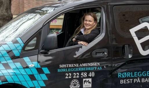 Rørleggerbedrift sparer 600.000 på overgang til elbil