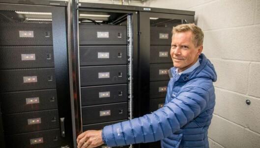 – Batteriene sørger for at toppene reduseres med fornybar solenergi. Dette bidrar til Ã¥ skape et mer robust og stabilt strømnett. Kultur- og idrettsbygg tar derfor et viktig samfunnsansvar ved Ã¥ installere batterier med strømstyring, sier Jon Helsingeng, administrerende direktør for Eaton i Norge.