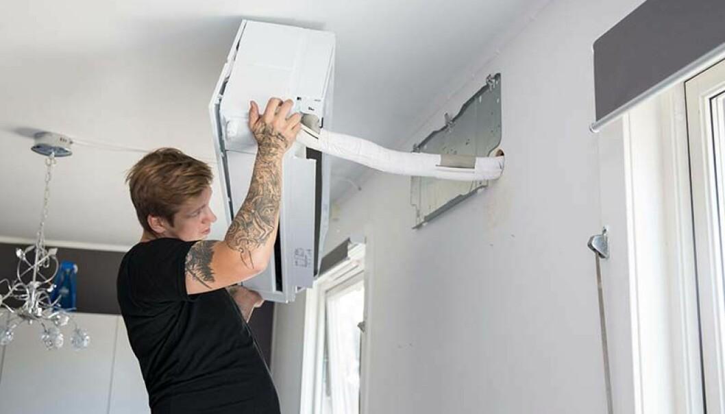LUFTIG: Gehør-rapporten regner med at få boligeiere som ikke allerede har det, kommer til å legge om til vannbåren varme. Derfor er potensialet for energisparing størst for luft-til-luft-varmepumper. Blir det flere vannbårne varmepumpeløsninger i småhus, så øker sparepotensialet. Illustrasjonsfoto: Norsk Varmepumpeforening.