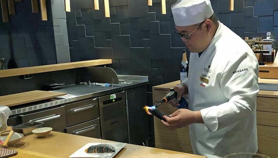 VERDENSMESTER: Vladimir Pak er kåret til verdens beste sushikokk.