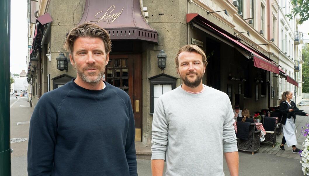 GAMMELT OG NYTT: Kjøkkenet varmer opp både gammel restaurant og modern kontorlokaler i Parkveien 12, forteller Nicolai (til venstre) og Karl-Axel Bauer. Det har skjedd veldig mye mer spennende på Lorry enn det som dukker opp i mediene.
