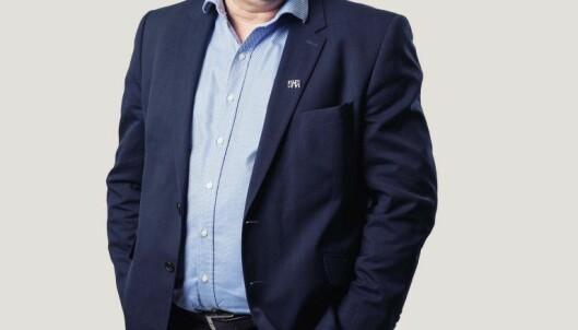 HJEMJOBBHJEM: Armand Åsheim i Multiconsult Østfold vil motivere flere til å gå, sykle og reise kollektivt til jobb. Foto: Hampus Lundgren