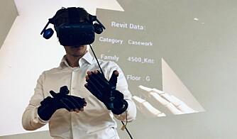 VR og hansker.