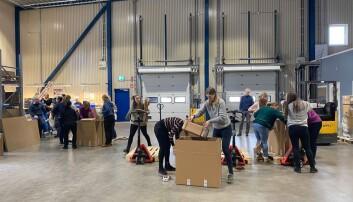 Pakkekonkurranse på lageret til Systemair i Dal.
