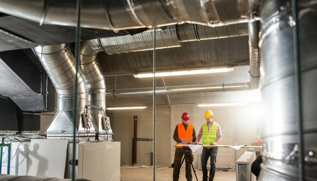 GIR RÅD: De europeiske organisasjonene Rehva og Eurovent gir praktiske råd om ventilasjon og hvike rutiner du bør endre for å begrense koronaspredningen.