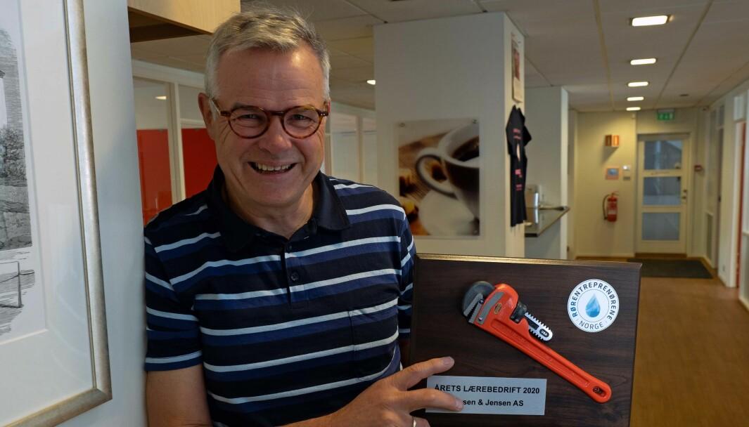 LÆREMESTER: Knut Jensen er rørleggermesteren som har fått både Oslo kommunes fagopplæringspris og Rørnorges pris som årets lærebedrift.