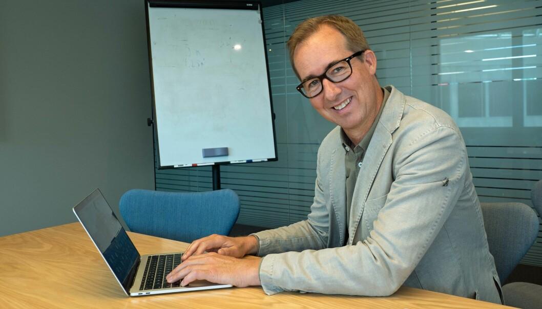 NY I KLASSEN: Henning Møllerløkken og Mesterakademiet tilbyr opplæring som rørleggermester. Konsekvensen er at hele mesterbrevloven skrives om.
