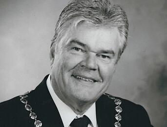 Thore Andreassen er rørleggermester og VVS ingeniør og har vært i VVS bransjen siden 1971 Han startet firmaet TermoRens as i 1994 og er også formann i Skien Håndverk og Industriforening.