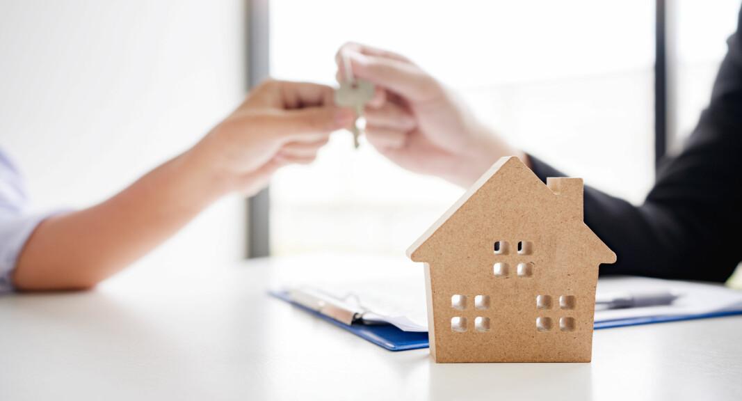SKJERPES: Det blir ikke lenger lov å selge bolig med forbeholdet «som den er». Da blir dokumentasjon av utført arbeid enda viktigere.