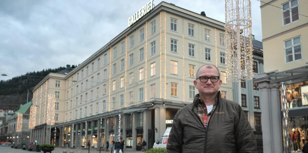 FORNØYD: Driftssjef på Galleriet og Sundt, Renato Bonafede, er godt fornøyd med de energigrepene som de har tatt i kjøpesentrene.