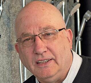 PERSONLIG: Bollevasken gjør badet personlig, og det synes at den er kjøpt hos rørleggeren, sier Arne Korsbakken.