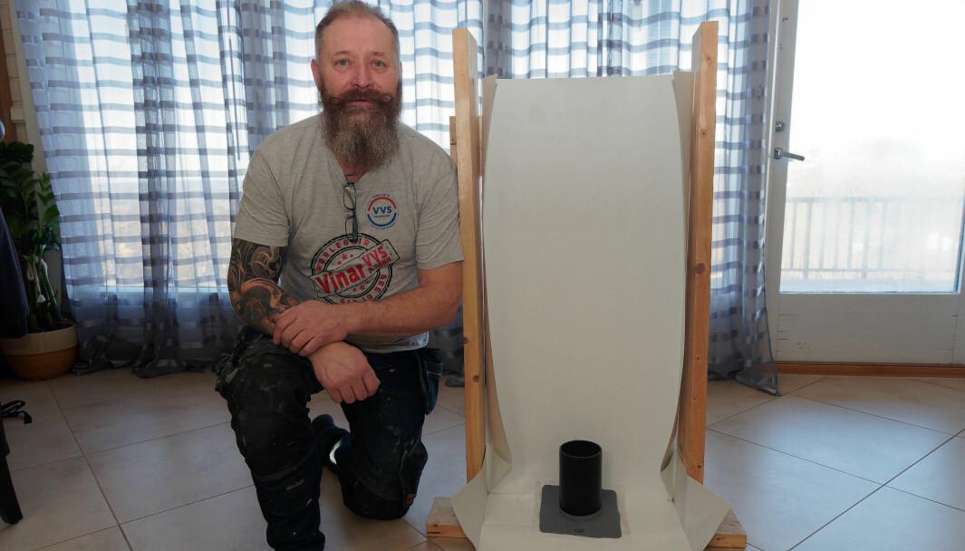 OPPFINNER: Arne Vinar har funnet opp sin egen membrankasse – i år blir det handikapløsning, Sintef-godkjenning og ny import av eksklusiv porselen.