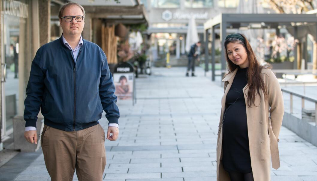 STILLER KRAV: Isak Oksvold, direktør for miljø og bærekraft i Møller Eiendom, og Jennifer Lamson, energi- og miljørådgiver i Höegh Eiendom.