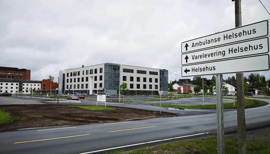 UFERDIG: Da det brøt ut brann på byggeplassen, sto det nye sykehjemmet på Elverum – Helsehuset – 80 prosent ferdig.